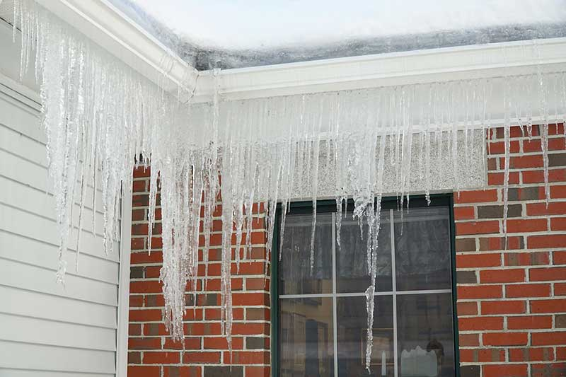 Maintaining Gutters in Winter