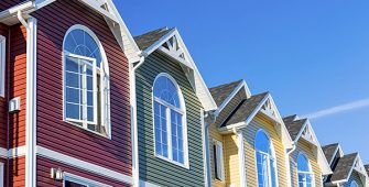 Townhouses with Vinyl Siding